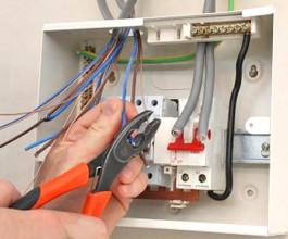 Демонтаж электротехнических приборов